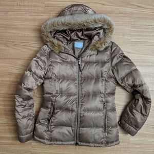 Women's fur-trim hooded puffer coat designed Italy